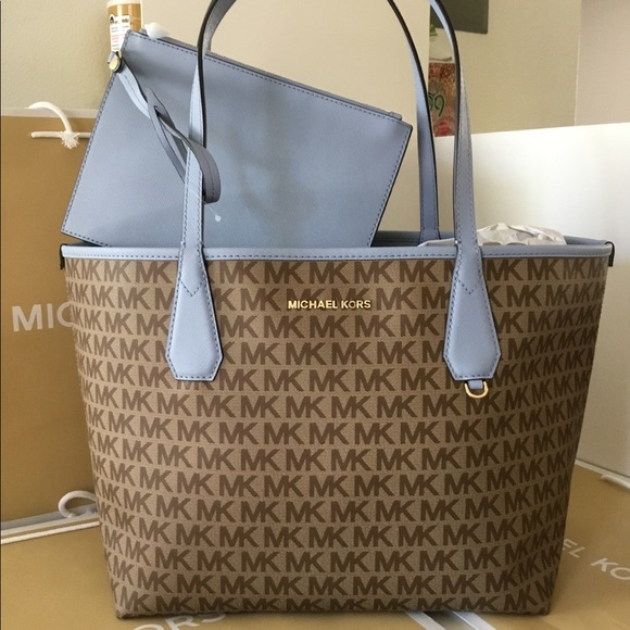 bd5a54bddfc8 Michael Kors Bags | Candy Reversible Tote Nwt | Poshmark